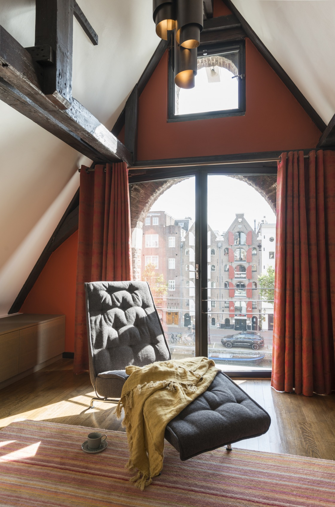 project afbeelding vanGrachtenpand Amsterdam